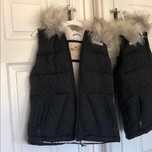 Black puffy hollister vest